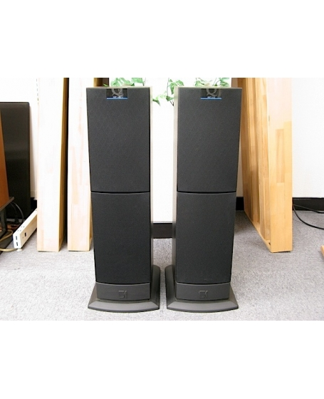 KEF Q30 Floorstanding Speaker Made In England ( PL )
