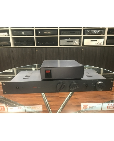 Musical Fidelity MVT Pre Amplifier Made In England ( PL )