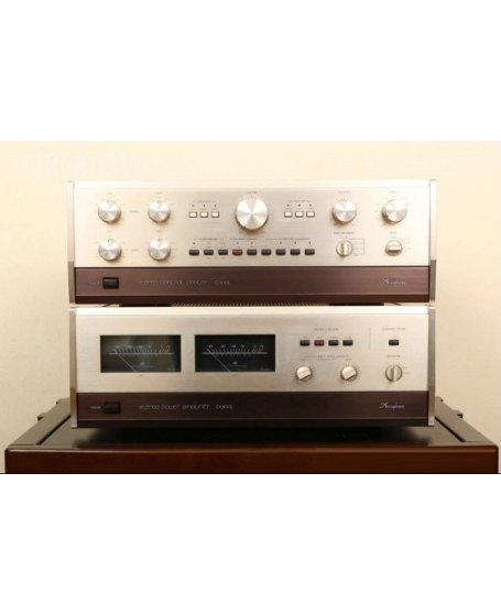 Accuphase C-200X Pre amp +  Accuphase P-300X Power Amplifier Gold Made in Japan ( PL )